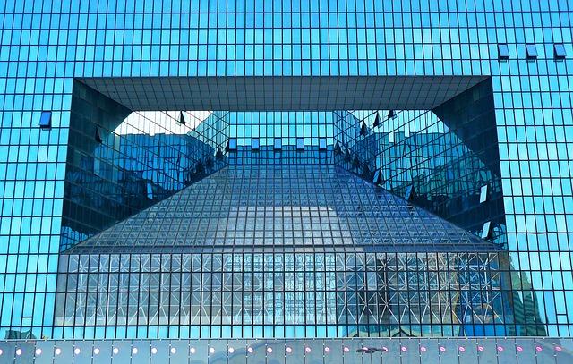 Hliníkové fasády – bezúdržbový systém sdávkou svetla